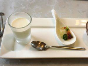 地元浜松の玉ねぎやじゃがいもを使用した前菜