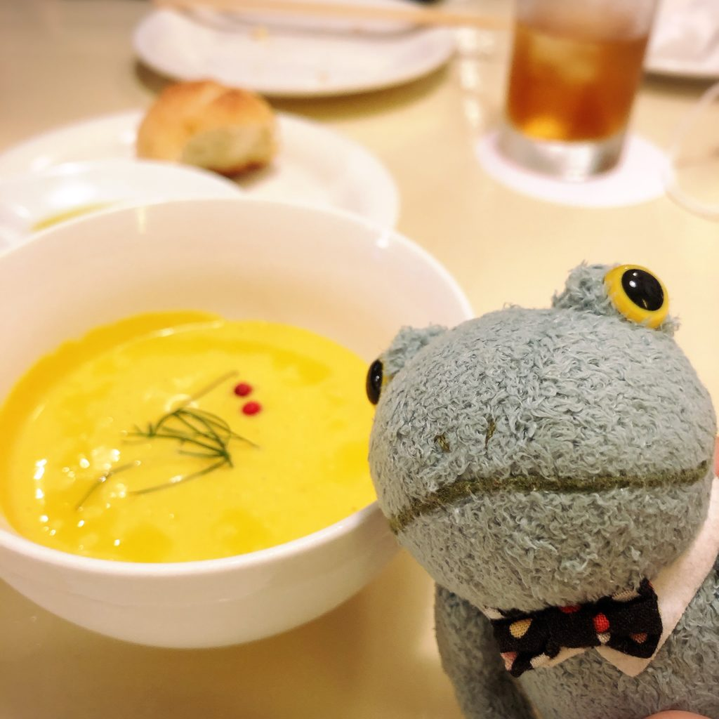 ビストロ ラビゴット静岡とカエルのブリトー